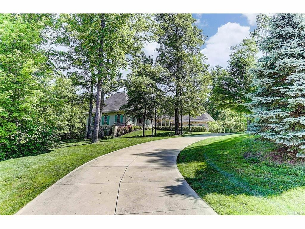 7900 Country Brook Ct Clear Creek Twp., OH