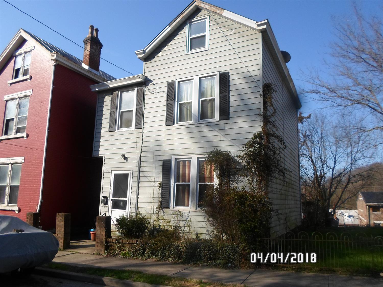 643 Steiner Ave Sedamsville, OH