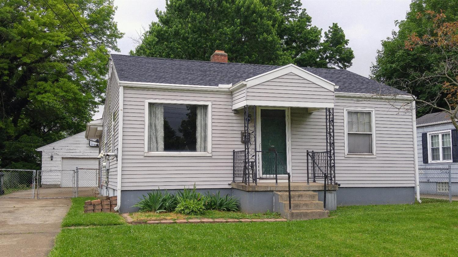 1707 Florence St Middletown South Oh 45044 Listing