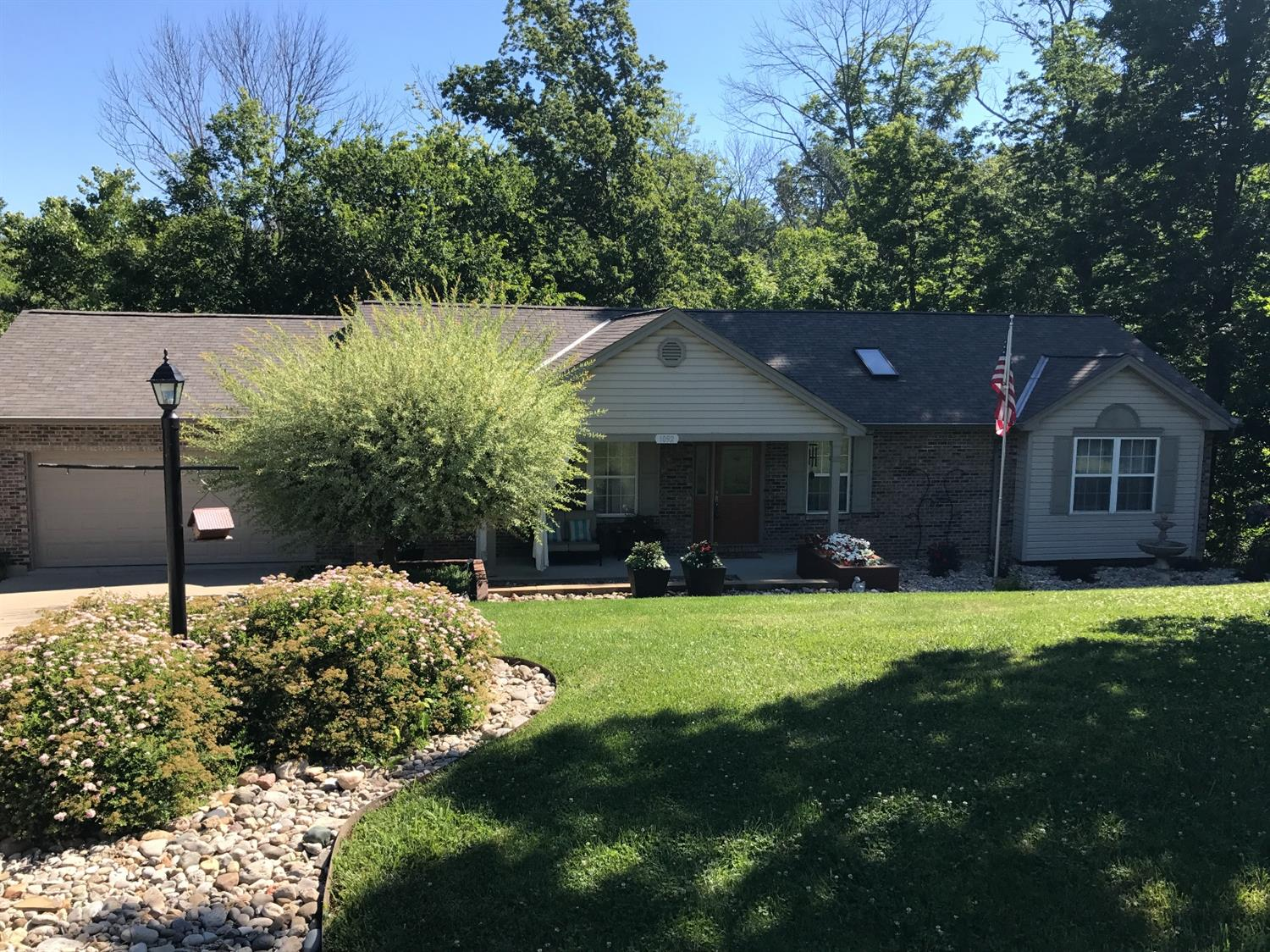 Photo 1 for 1092 Thornhill Ln Hidden Valley, IN 47025