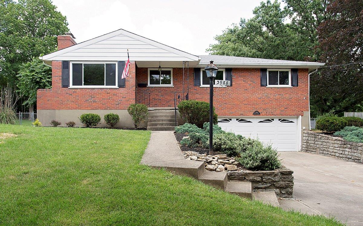 3988 Tramore Dr Dillonvale, OH