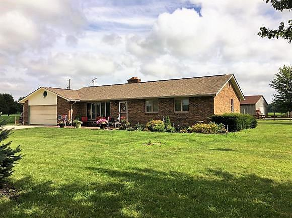 real estate photo 1 for 13311 N County Line Rd Jackson Twp, IN 47041