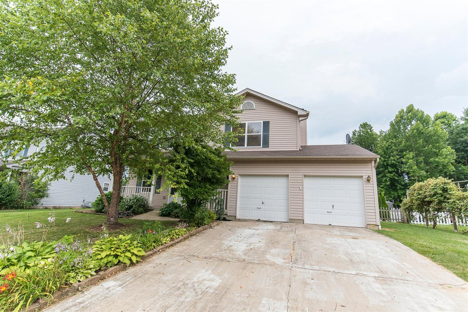 24 Wooded Ridge Dr Amelia, OH
