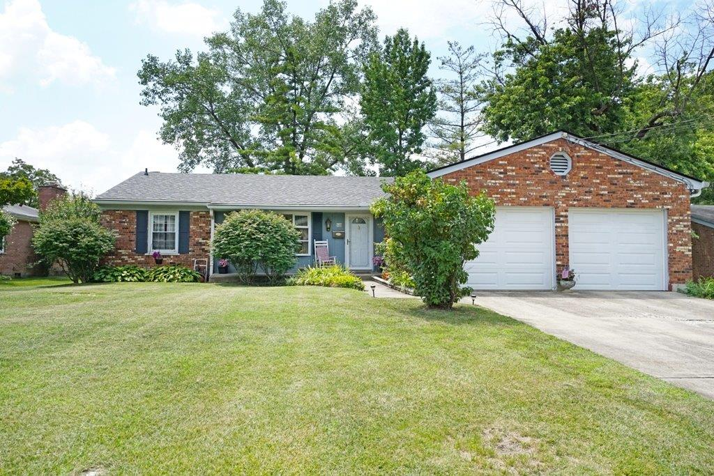 11979 Cedarcreek Dr Pleasant Run Farm, OH