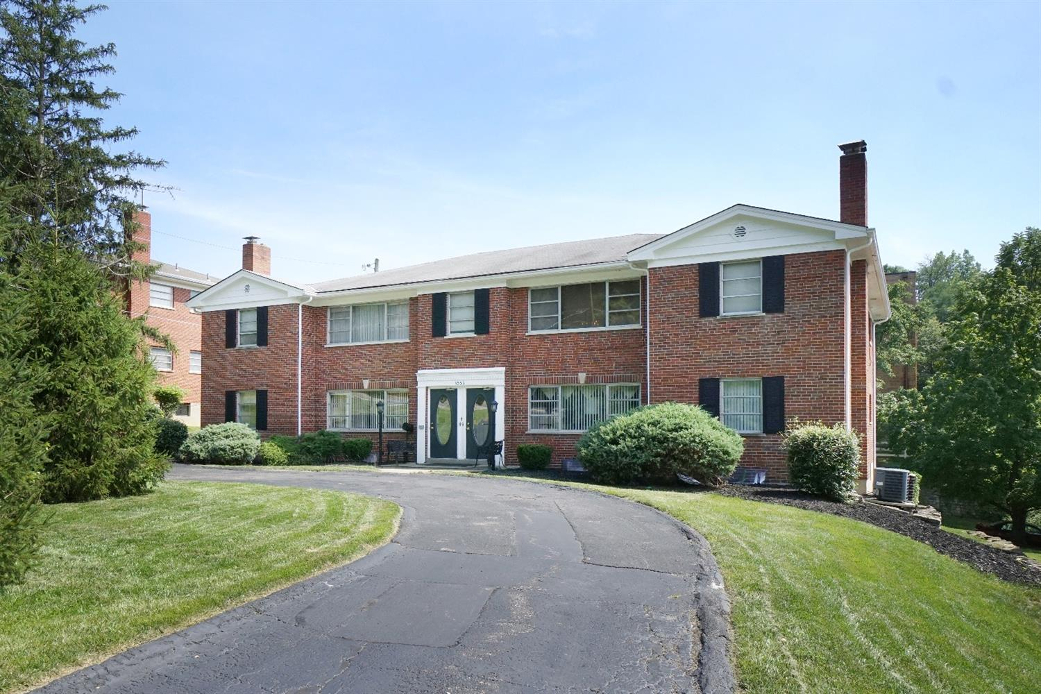 3553 Section Rd, 1E Kennedy Hts., OH
