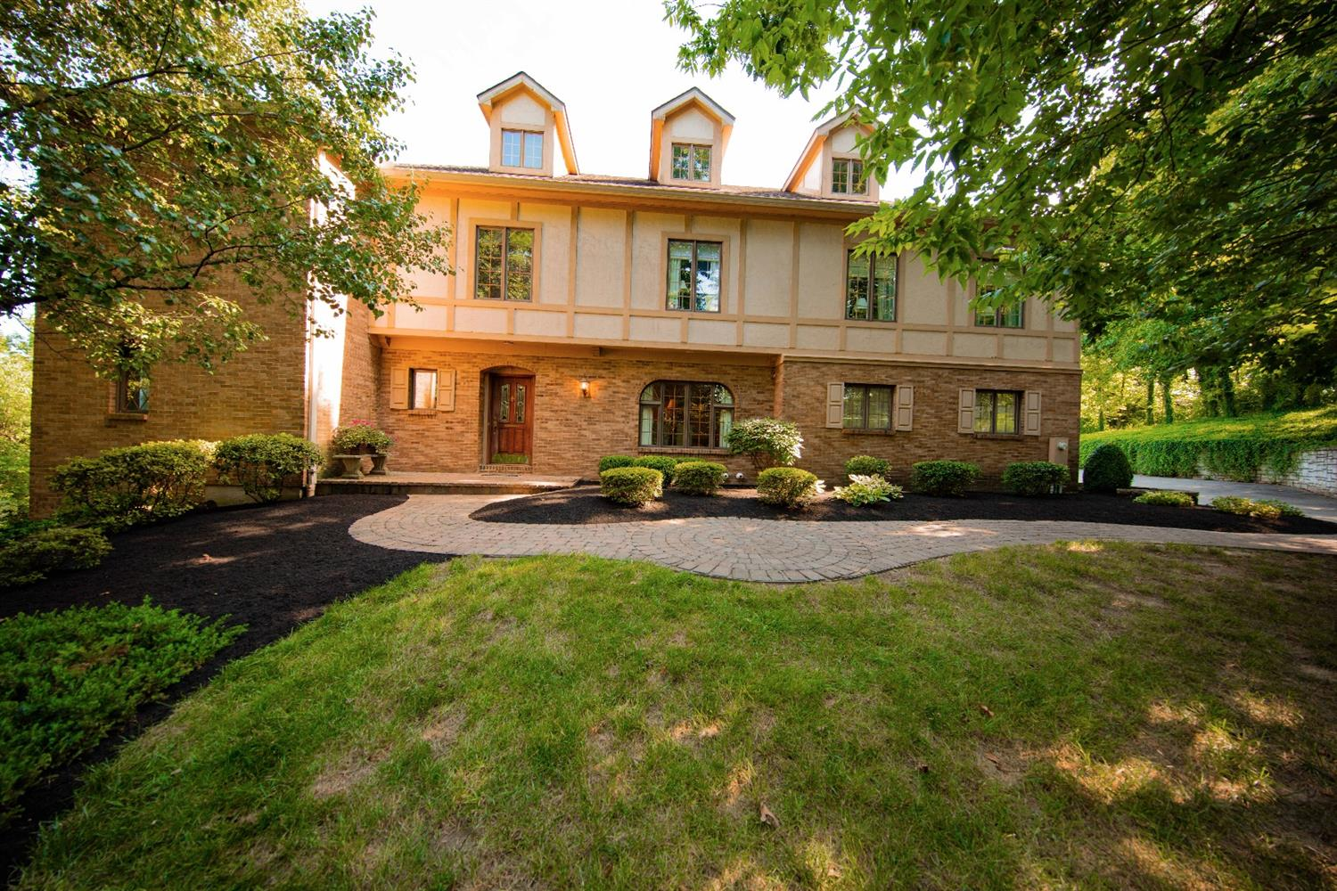 5 Wilhelm Ct Fairfield, OH