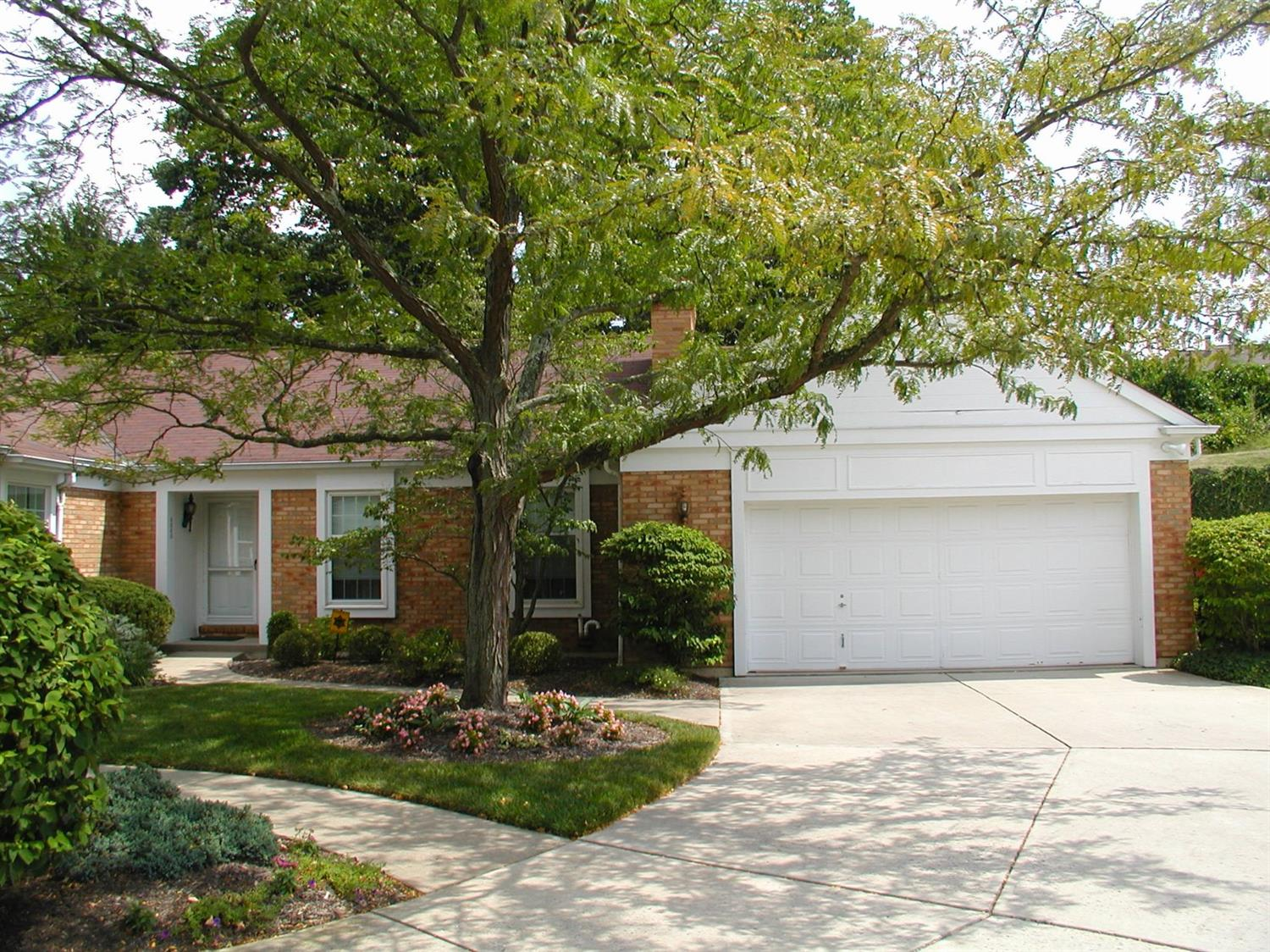 3080 Country Woods Ln Bridgetown, OH
