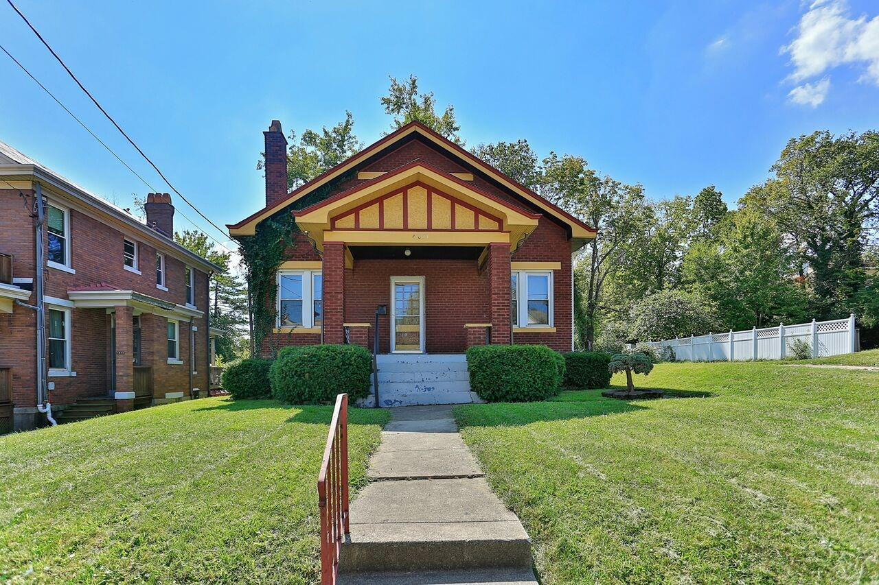 4011 W Eighth St Price Hill, OH