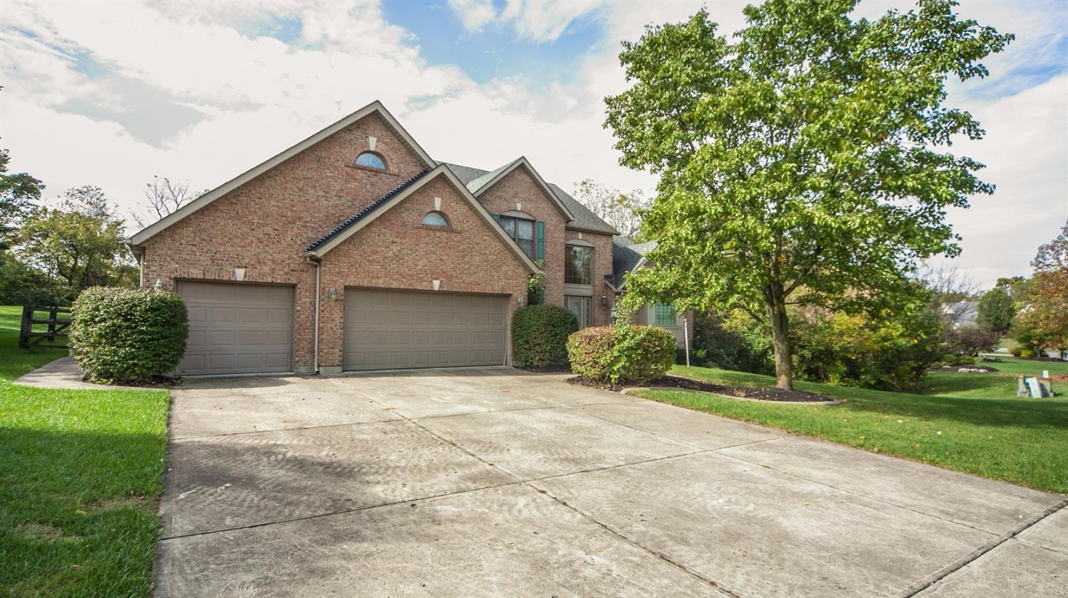 5941 Woodthrush Ln West Chester - West, OH