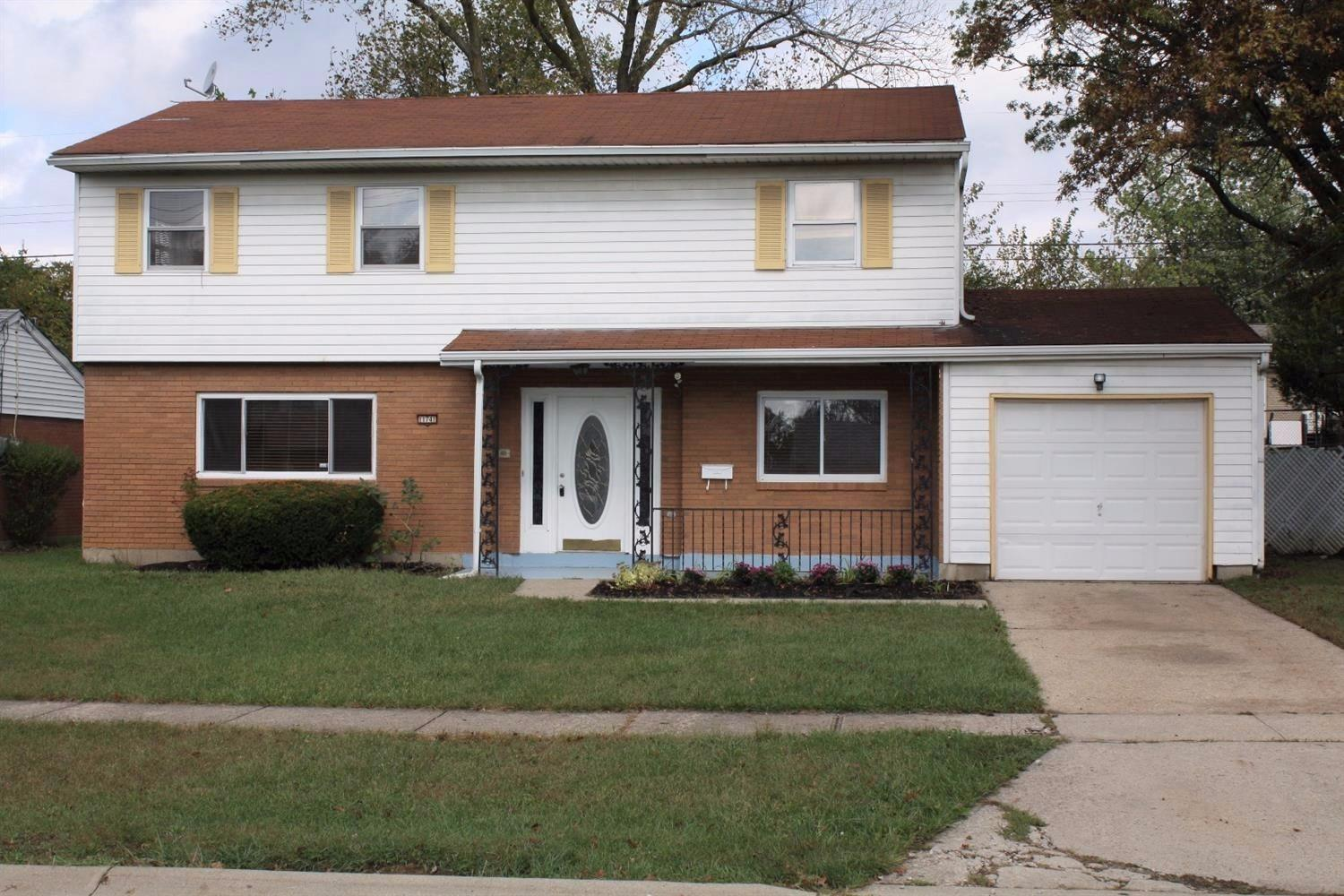 11741 Hanover Rd Forest Park, OH