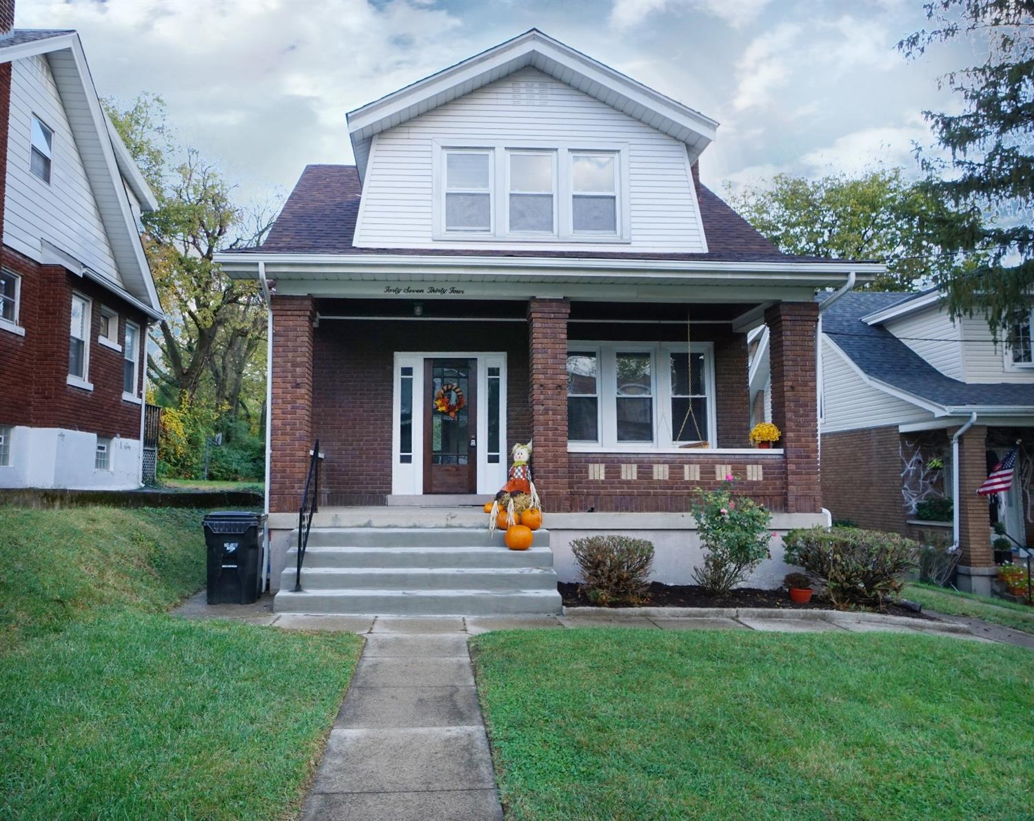 real estate photo 1 for 4734 Loretta Ave Price Hill, OH 45238