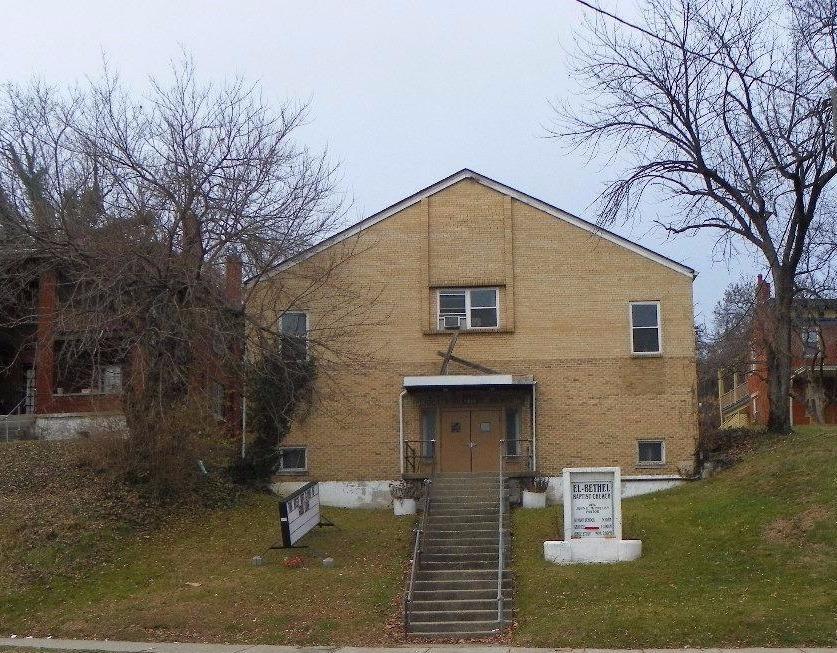 3869 Vine St Clifton, OH