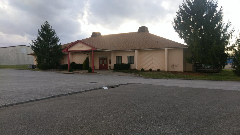 14450 Sebring Dr Forest Park, OH