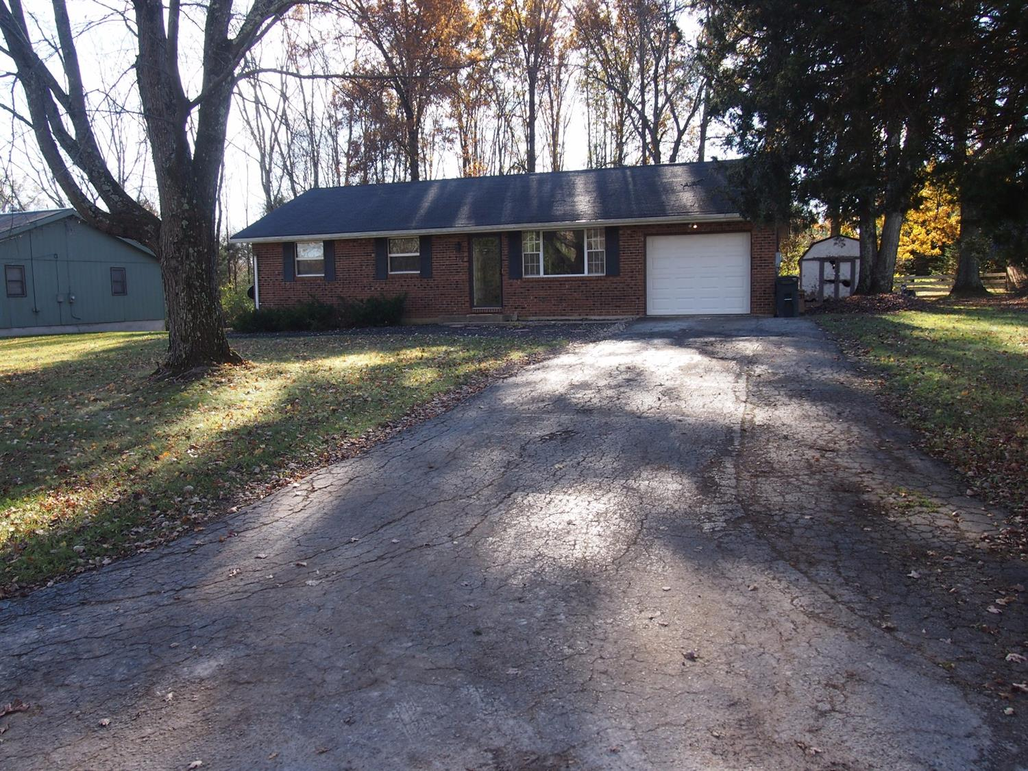 319 Bland Ave Blanchester, OH