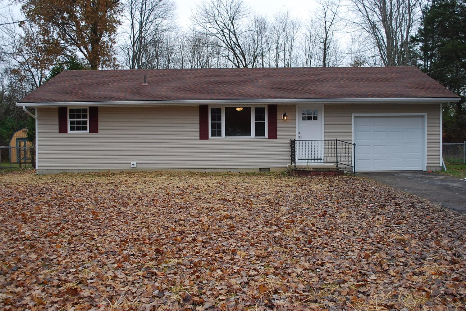 5389 Maple Grove Ave Blanchester, OH