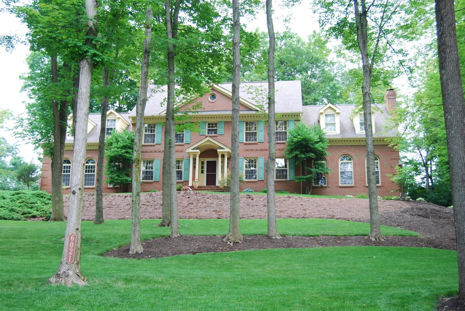 6021 Squirrelwood Ct White Oak, OH