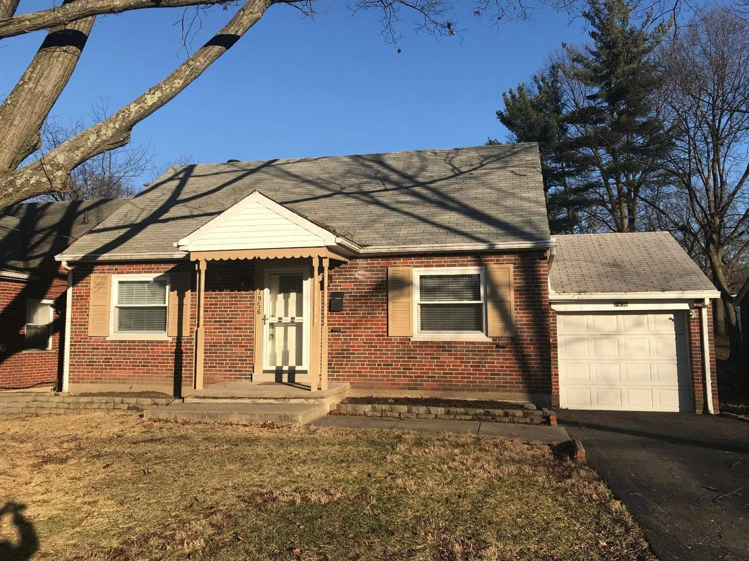 7956 Colette Ln Finneytown, OH