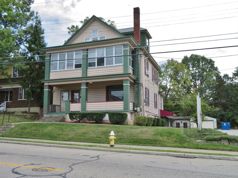3833 Applegate Ave Cheviot, OH