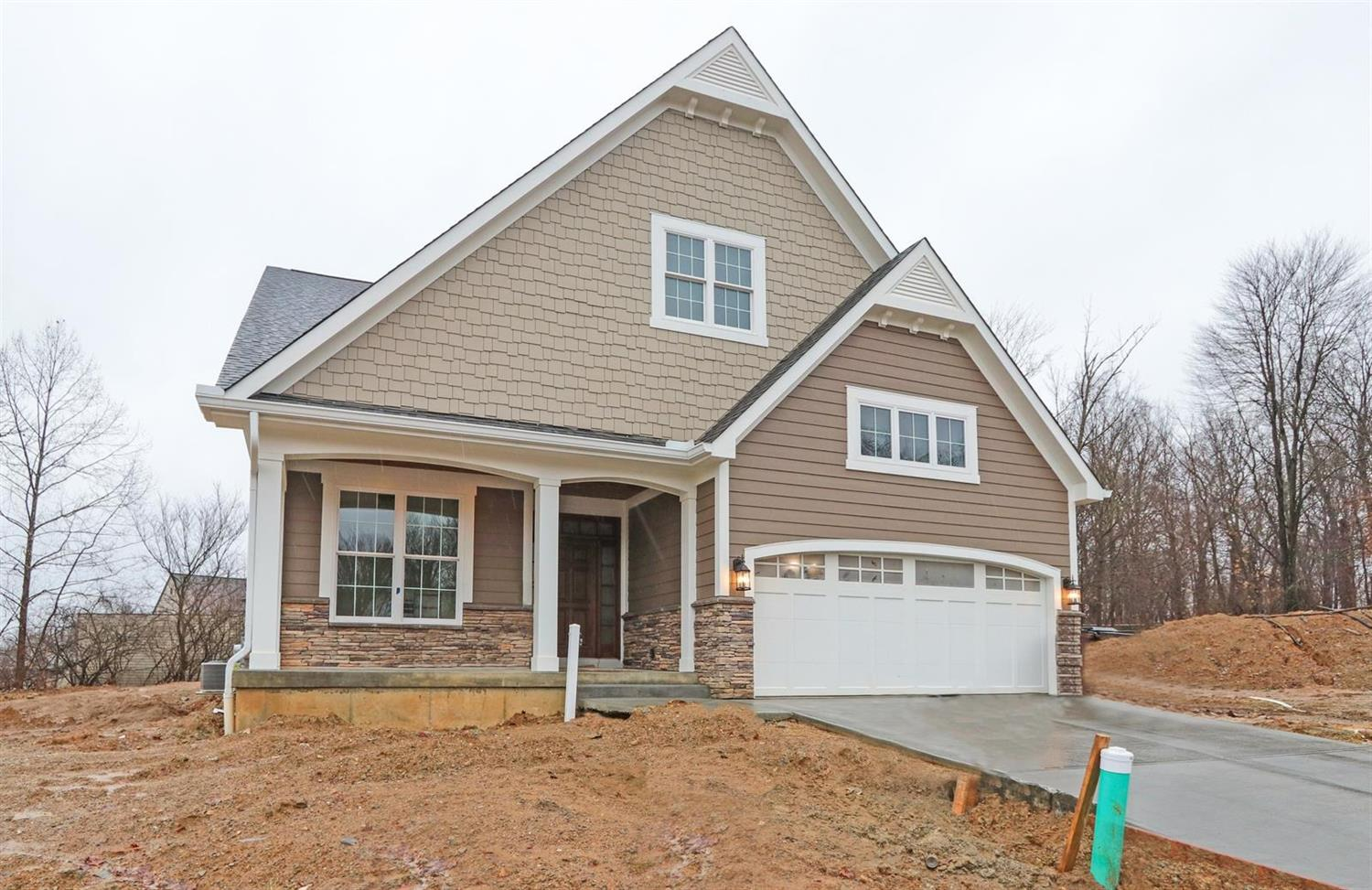 11 Orchard Trail Dr Montgomery, OH
