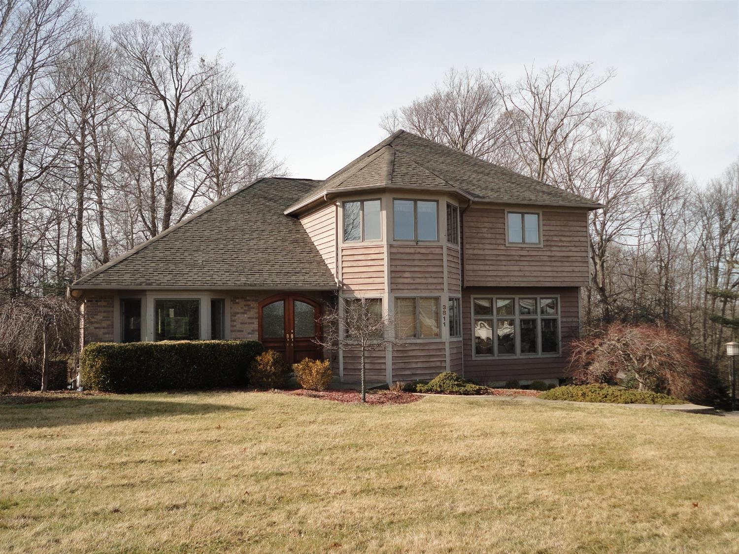 3811 Sunburst Ridge Ln Bridgetown, OH