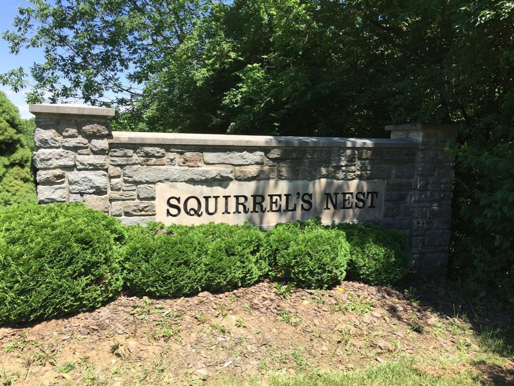 5708 Squirrelsnest Ln Colerain Twp.West, OH