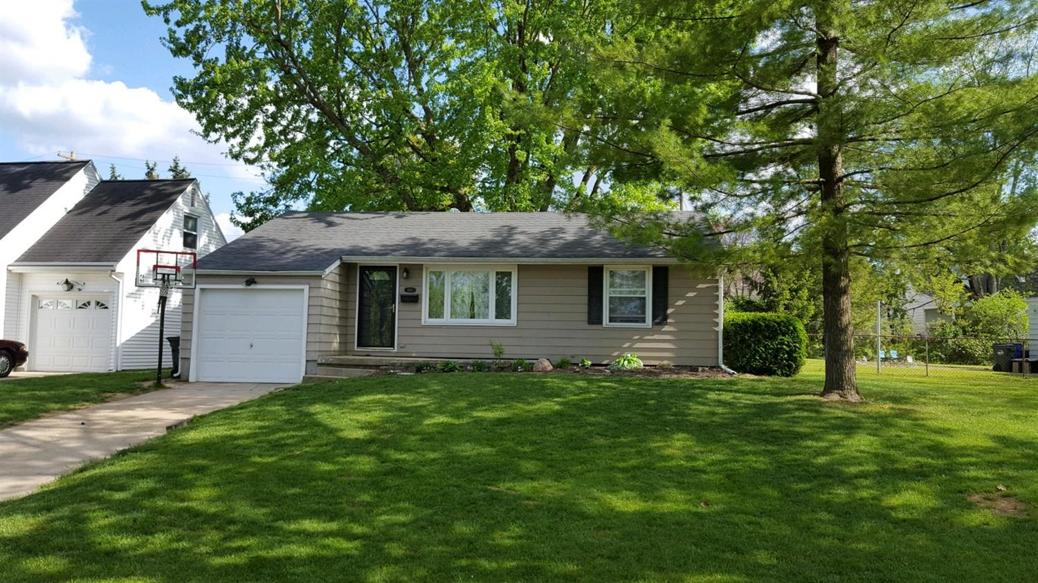 1441 Lawrence Ave Hamilton West, OH