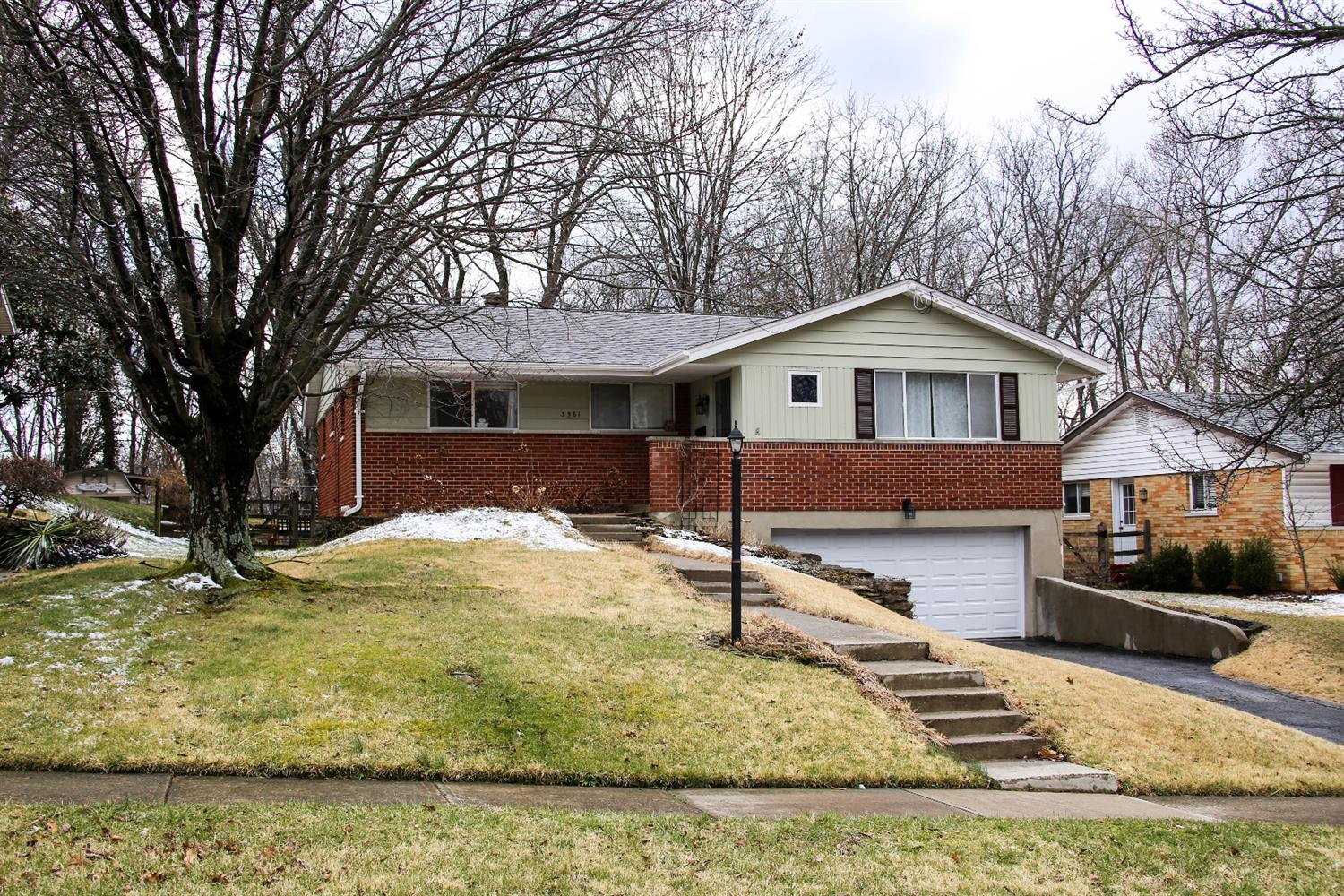 3561 Glengary Ave Dillonvale, OH