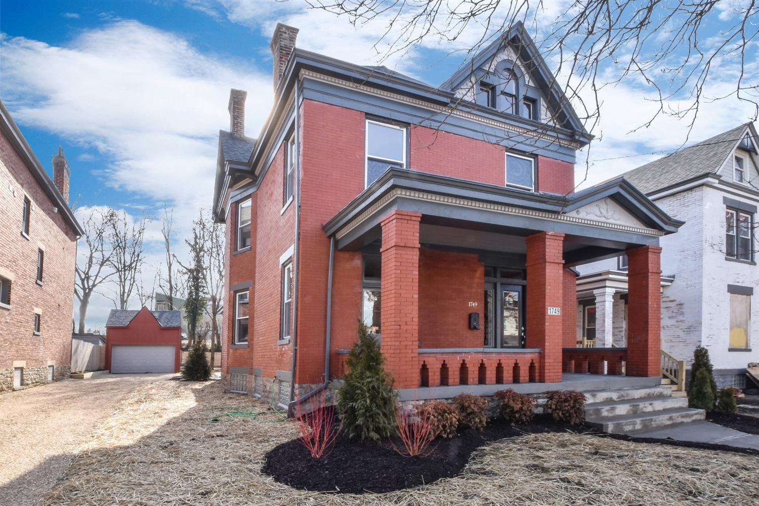 1749 Hanfield St Northside, OH