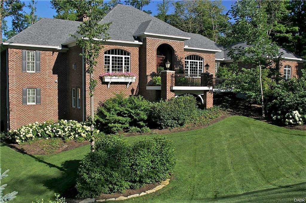7853 Country Brook Ct Clear Creek Twp., OH