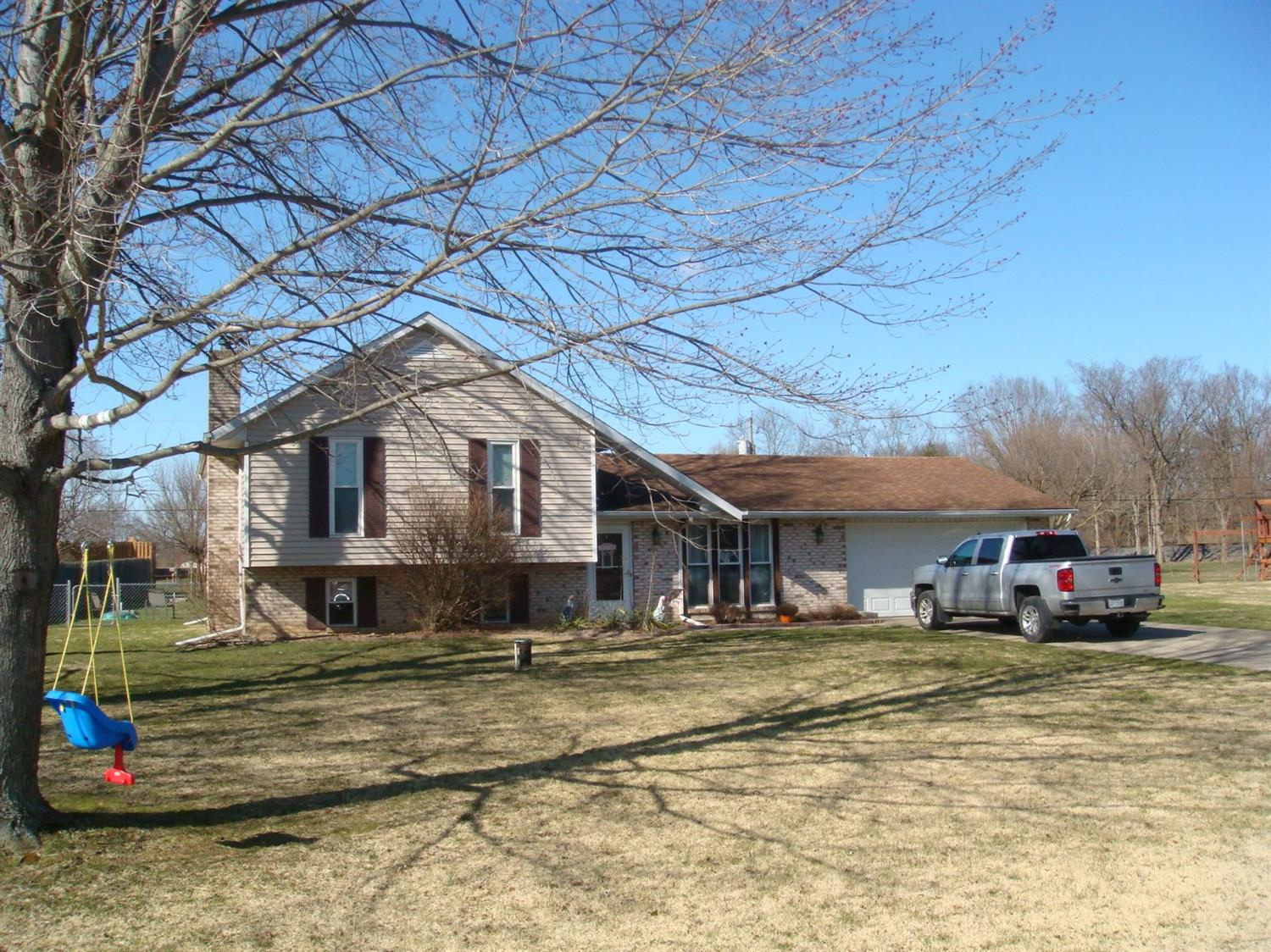 3246 Appletree Dr St. Clair Twp., OH