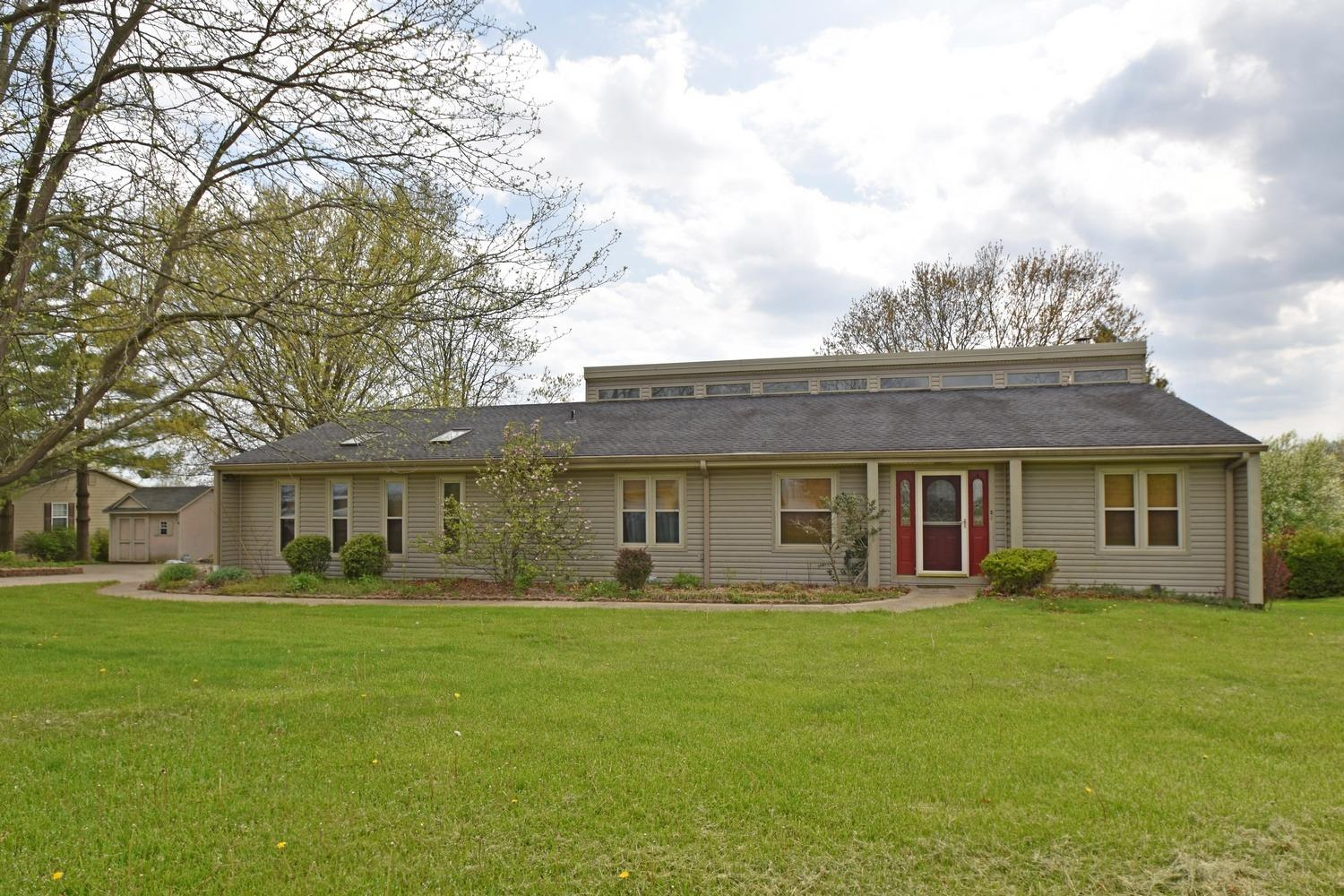 1453 Golf View Ct