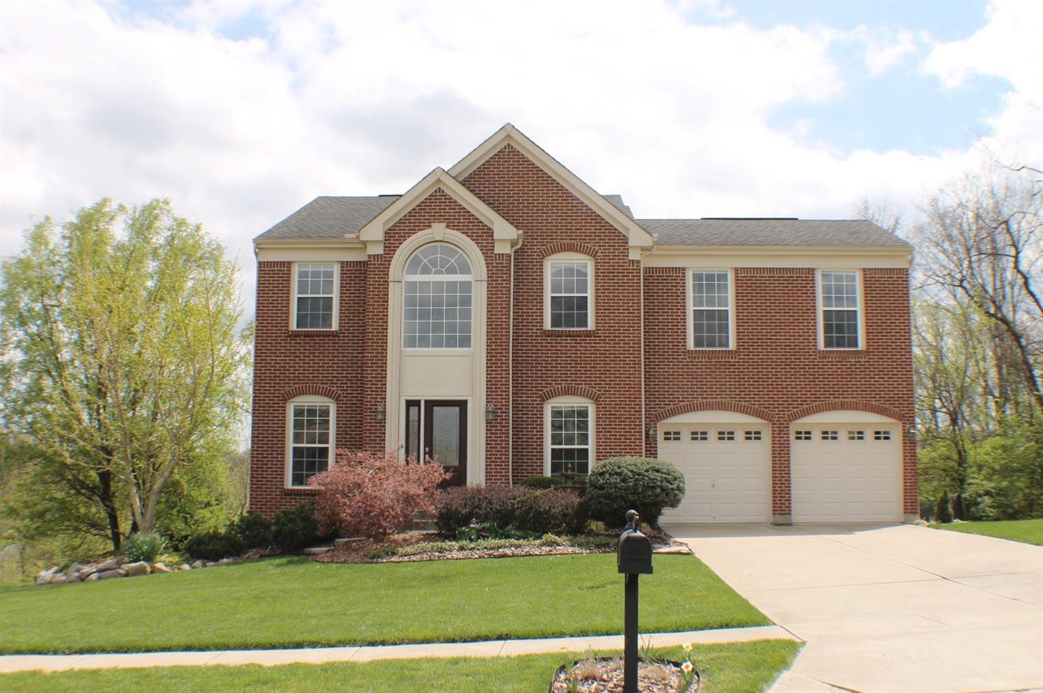 583 Laurelwood Dr Cleves, OH