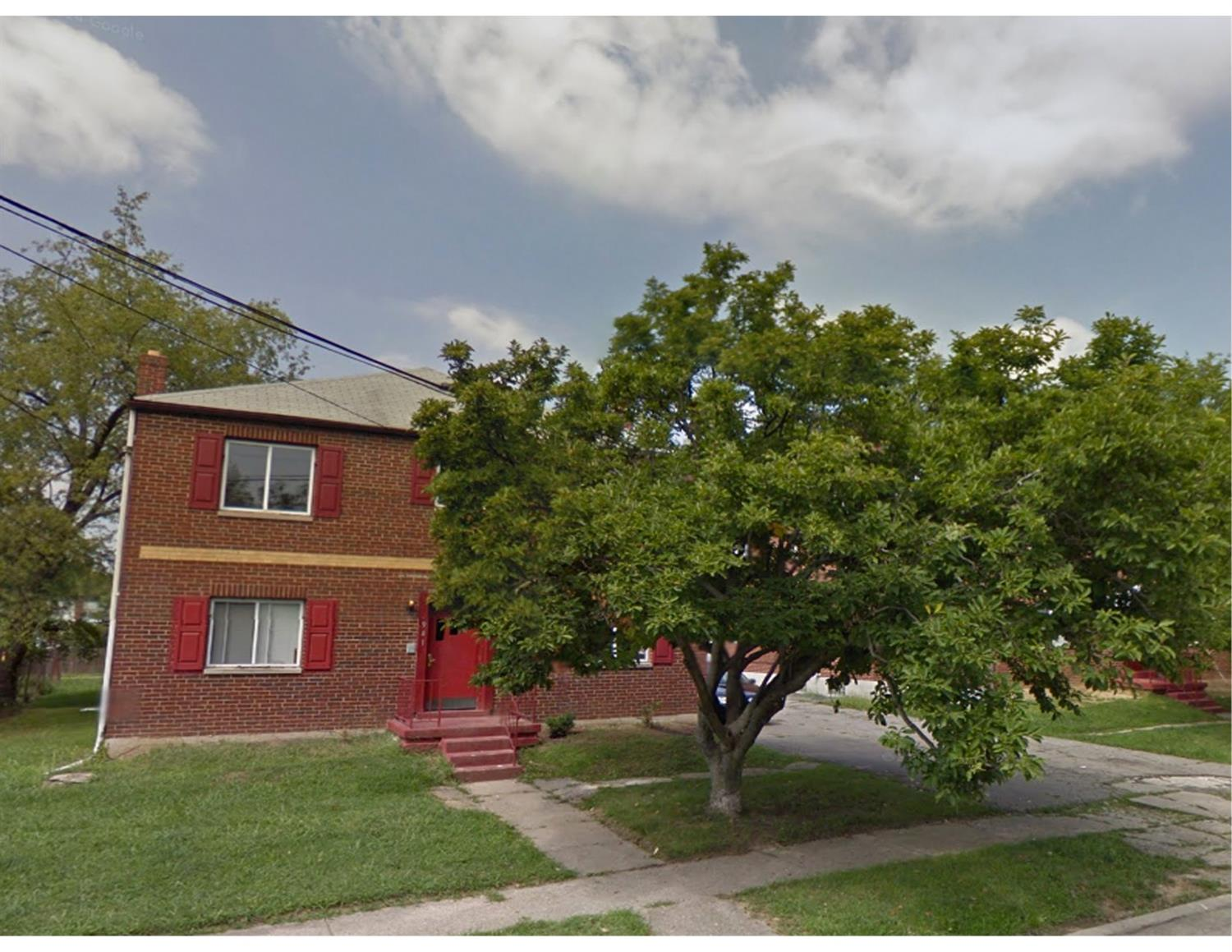 6941 Mulberry St North College Hil, OH