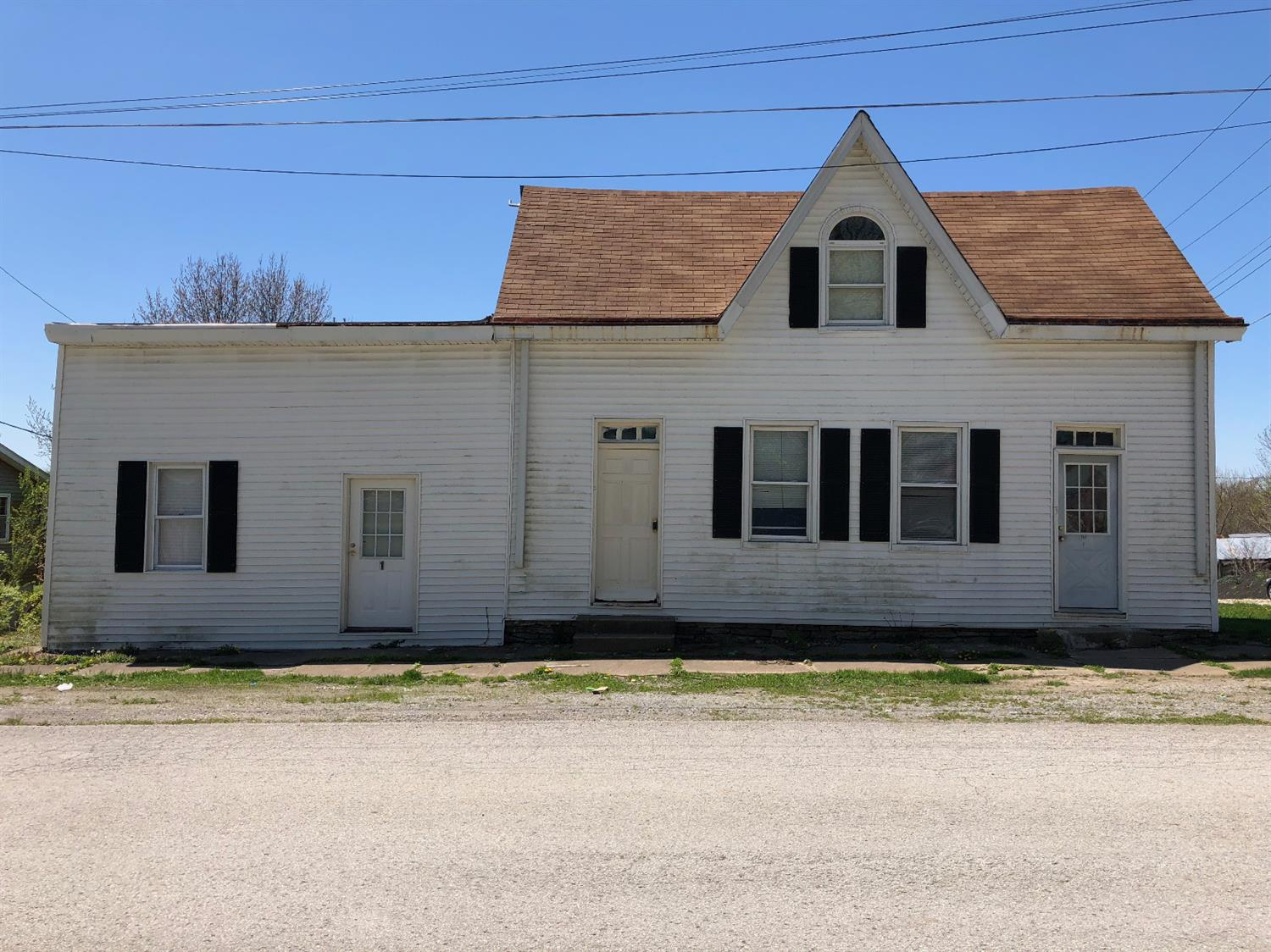 141 N Main St Perry Twp., OH