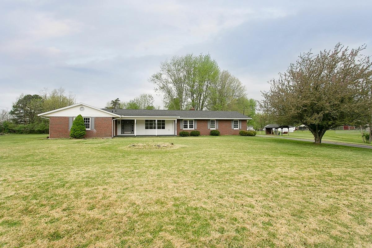 119 Green Acres Dr Pleasant Twp., OH