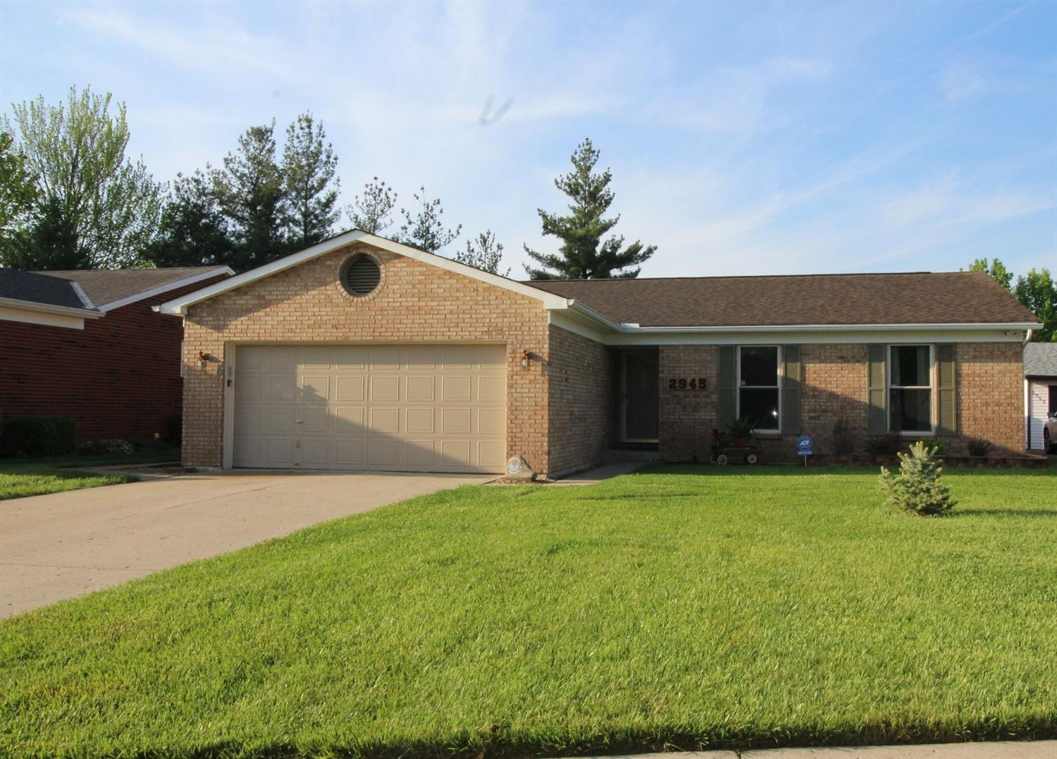 2945 Commodore Ln Groesbeck, OH