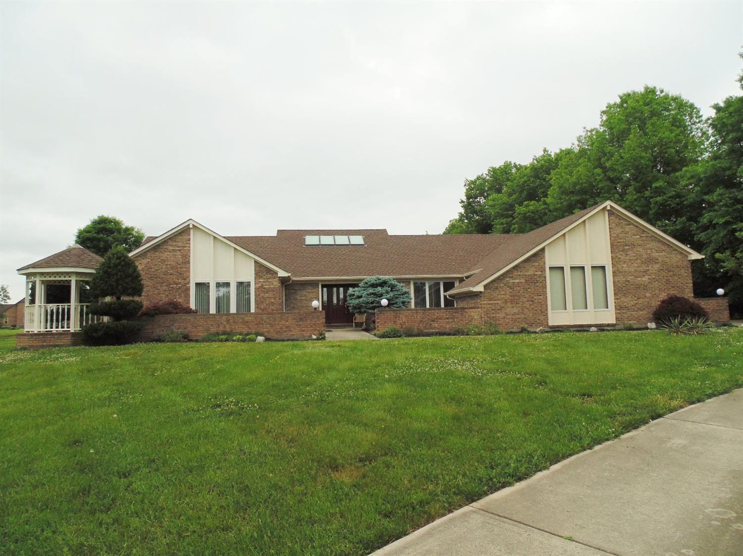 11564 Aristocrat Dr Crosby Twp., OH