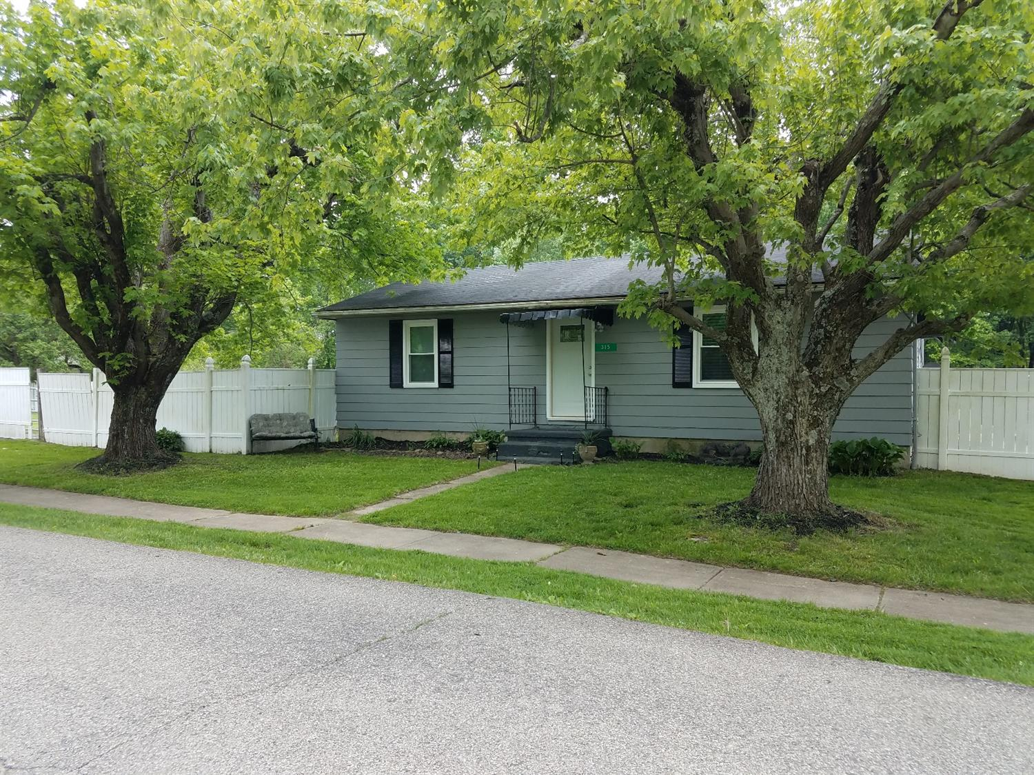 315 W Main St Wayne Twp. (Clermont Co.), OH