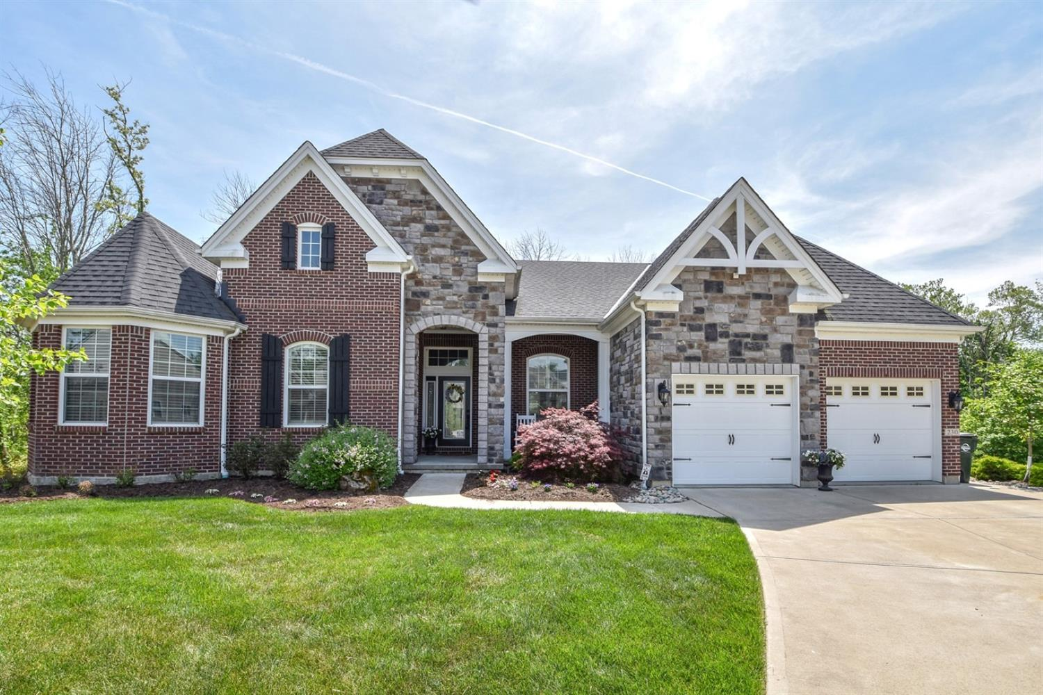 230 Edgefield Dr Cleves, OH