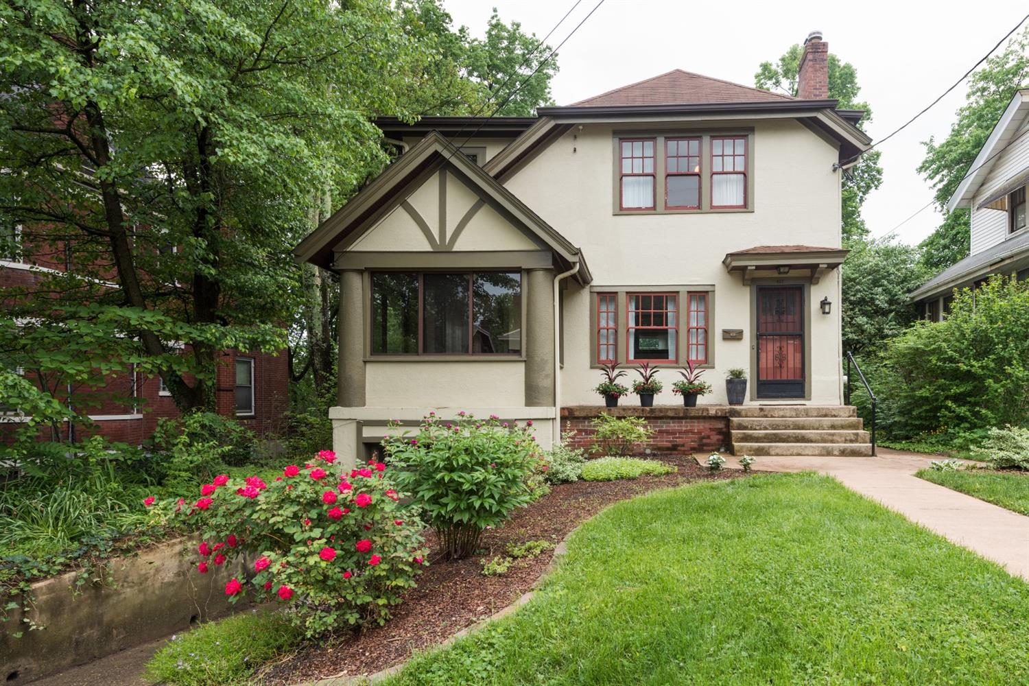 417 Wood Ave Clifton, OH