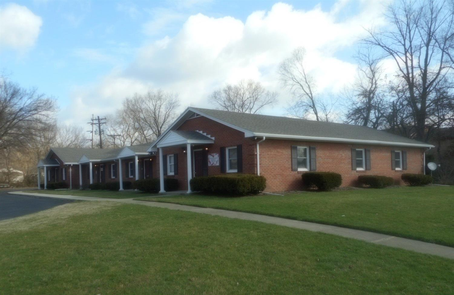 Photo 2 for 3925 Roosevelt Blvd Middletown South, OH 45044