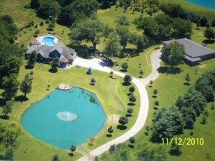 174 Inwood Rd Chester Twp, OH