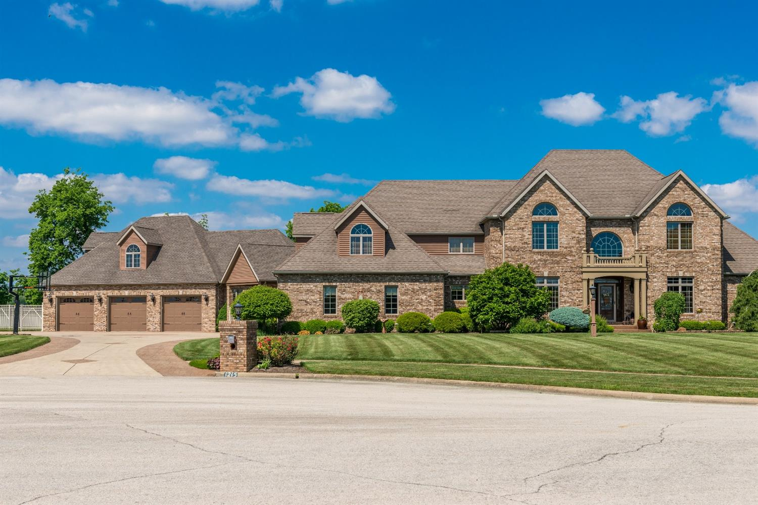 1215 Storybrook Dr Fayette County , OH