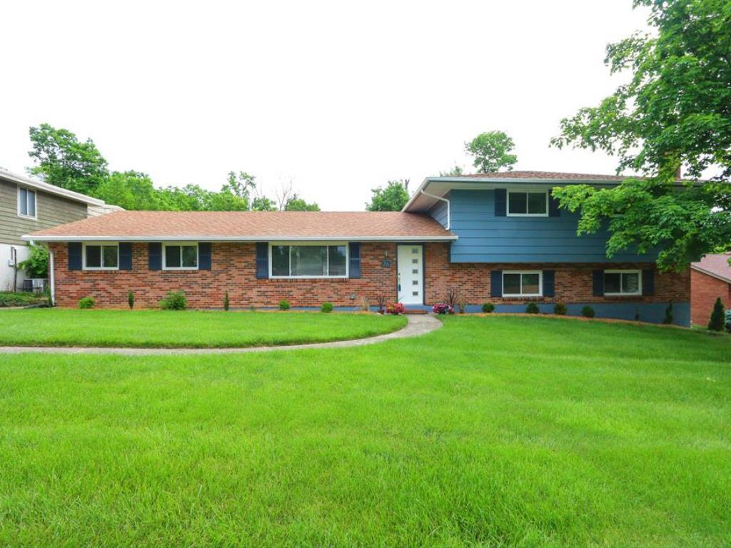 76 Piccadilly Dr Hamilton West, OH