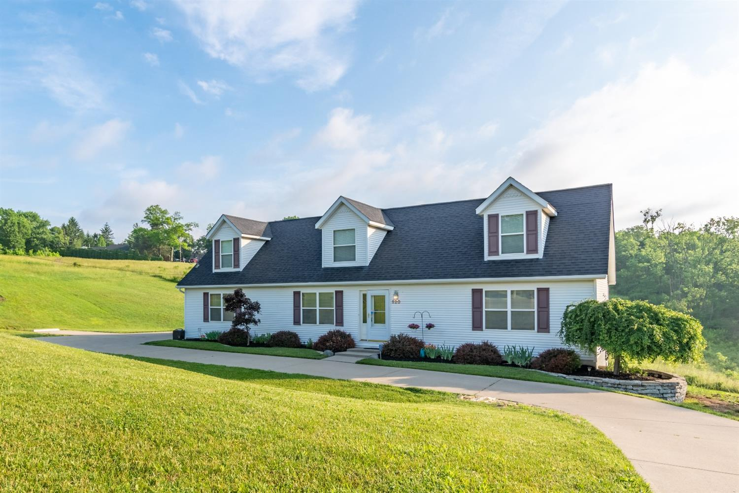 520 W North Bend Rd Finneytown, OH