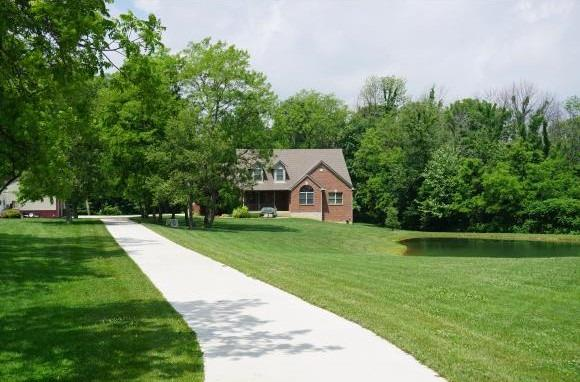 Photo 2 for 10800 Woliung Rd Jackson Twp, IN 47041