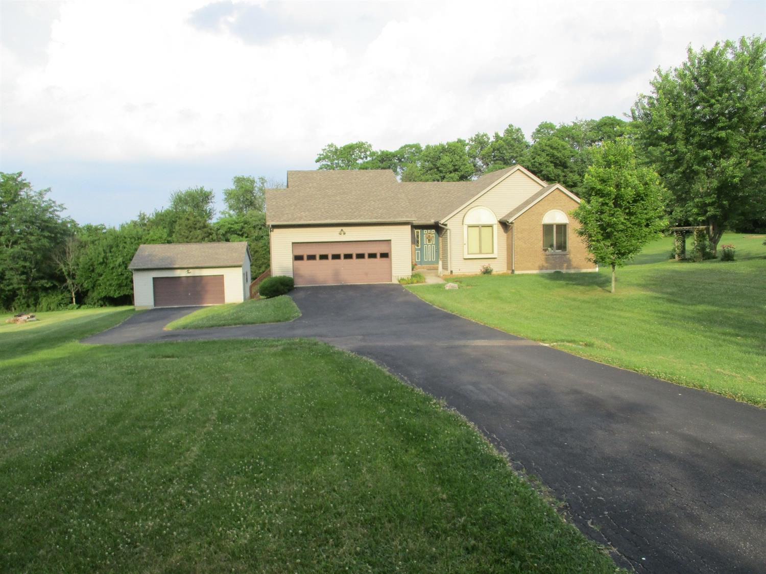 Photo 1 for 27084 Valley Vista Dr Logan Twp, IN 47060