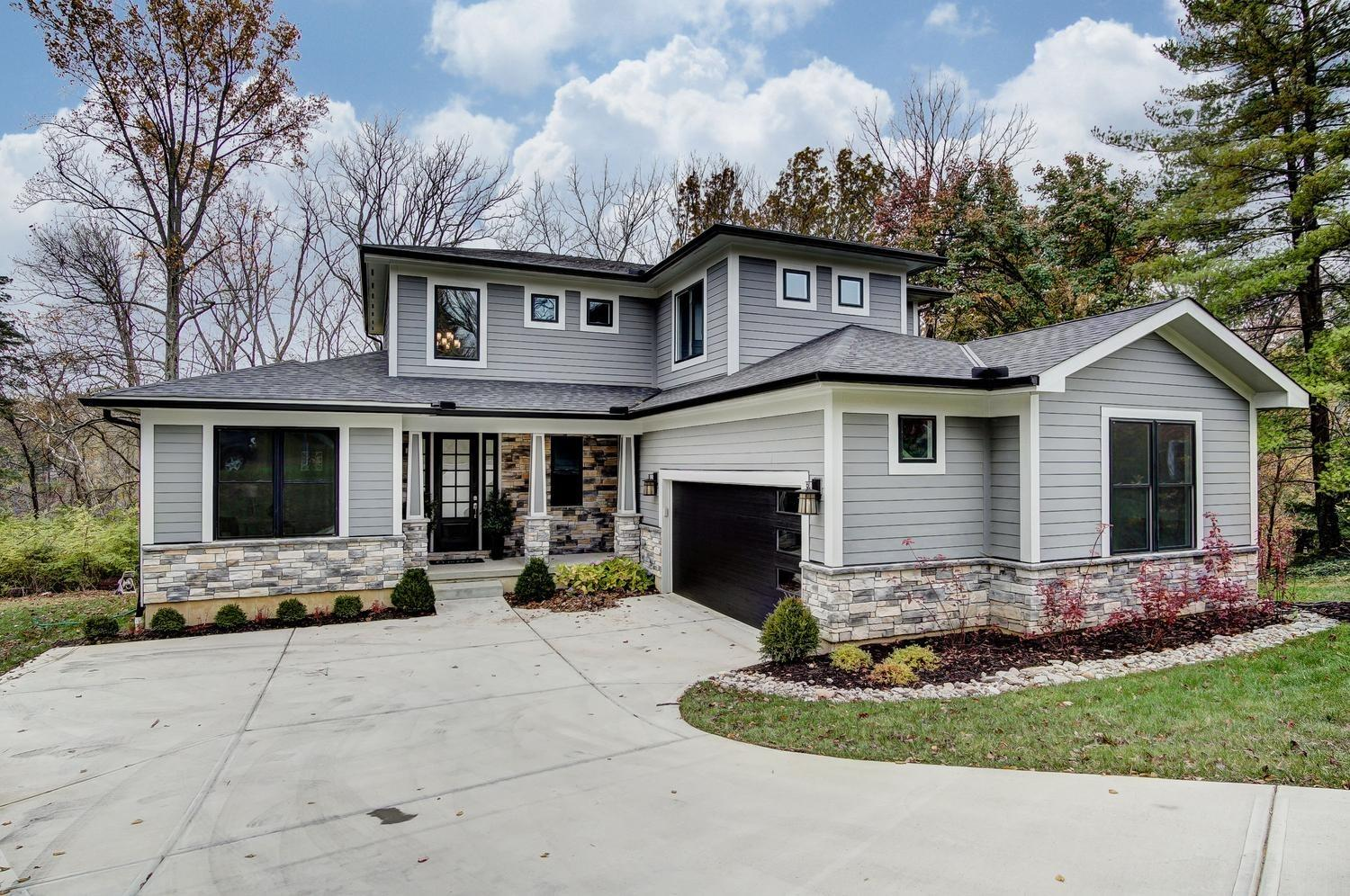 8701 Appleknoll Ln Kenwood, OH