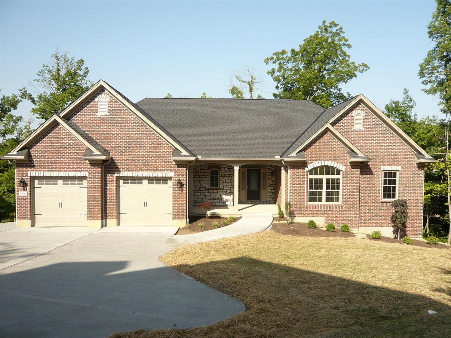 3834 Beacon Woods Dr Miami Twp. (West), OH