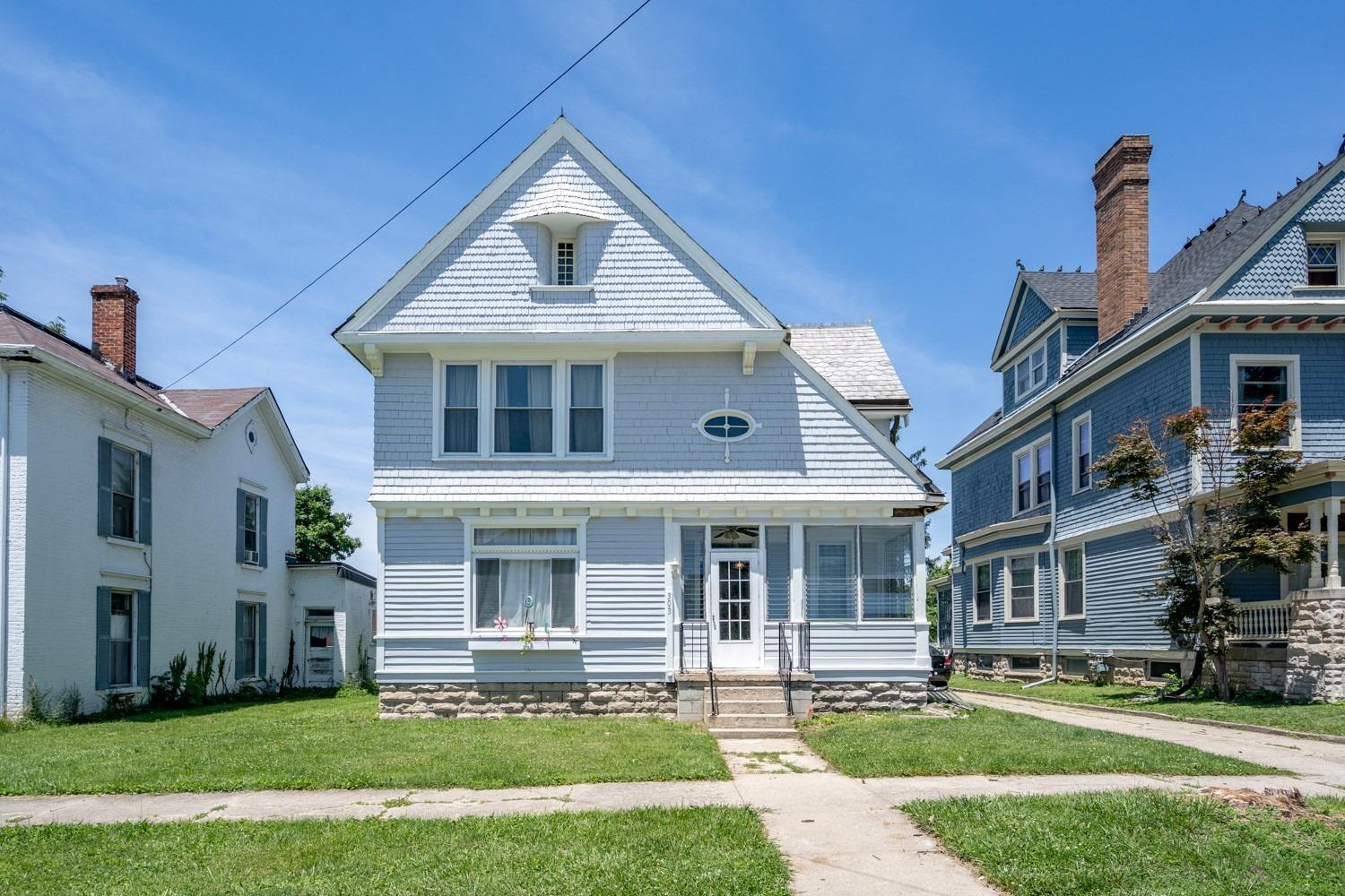 303 E Main St Blanchester, OH